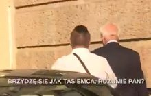 W ten sposób Stefan Niesiołowski potraktował dziennikarza. Polityk oświadczył, że...