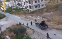 Wstrząsające nagranie z ataku Amerykanów na pozycje ISIS. Mężczyzna, który je zarejestrował wypowiedział tylko dwa słowa [WIDEO]