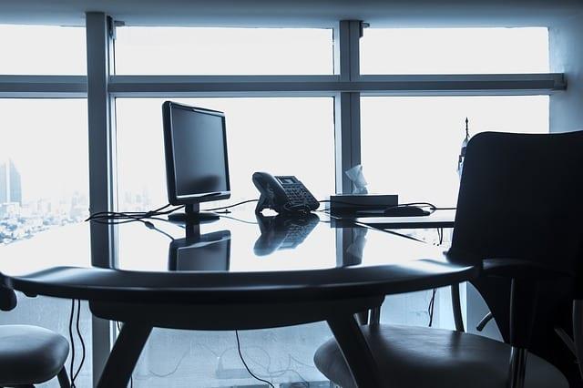 Dobre oświetlenie może zwiększyć wydajność pracowników nawet o 20%