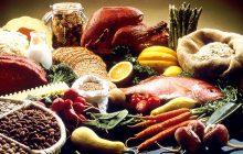 Przed świętami Bożego Narodzenia ceny żywności będą jeszcze wyższe. Najdotkliwiej odczują to emeryci i najmniej zarabiający