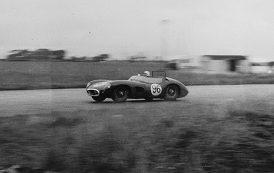 Legendarne brytyjskie auto sprzedane za astronomiczną kwotę. To absolutny rekord!