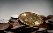 """Trzeba się wystrzegać Bitcoina? Mocne słowa prezesa największego amerykańskiego banku. """"To oszustwo""""!"""