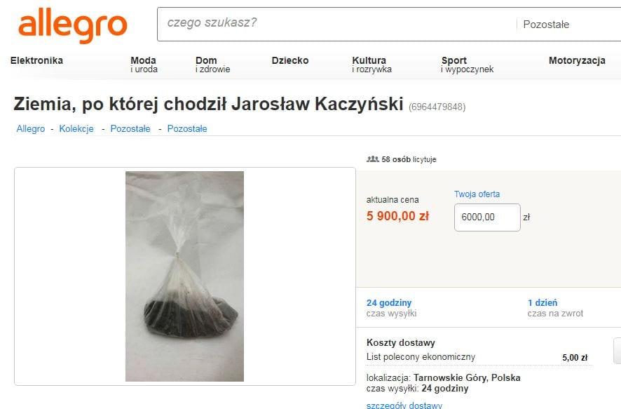 Mężczyzna sprzedaje... ziemię, po której chodził Jarosław Kaczyński. W licytacji uczestniczy prawie 60 osób!