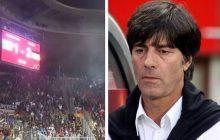 Niemiecki trener i piłkarze nie zostawili suchej nitki na swoich kibicach, którzy na stadionie w Pradze wykrzykiwali nazistowskie pozdrowienie! Padły mocne słowa