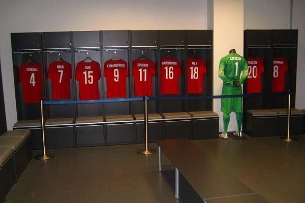 """Polski piłkarz w najlepszej """"setce"""" gry FIFA 18. I nie jest to Lewandowski!"""