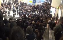 Ludzie podążający za tłumem postępują zgodnie z 4 zasadami. Wskazali je polscy informatycy