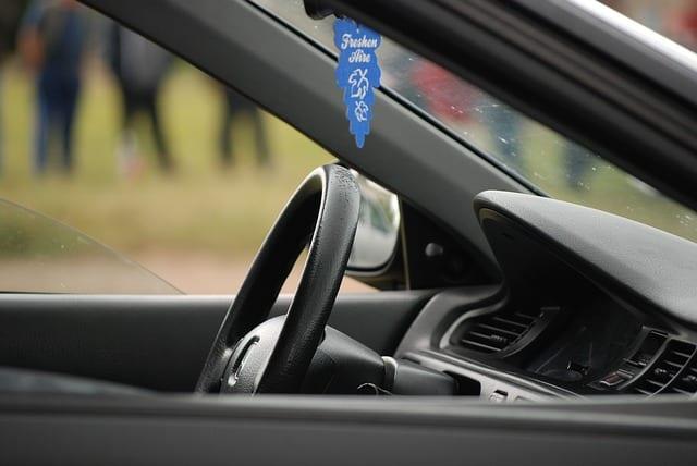 Polskie firmy coraz częściej wymieniają służbowe samochody. To napędza branżę motoryzacyjną i rynek leasingu