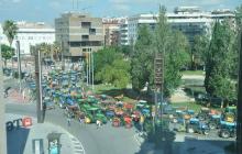 Katalończycy domagają się niepodległości. Na ulice Barcelony wyjechało kilkaset traktorów [WIDEO]