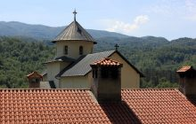 Proboszcz uciekł z całym majątkiem parafialnym? Kuria zabrała głos w sprawie tajemniczego zniknięcia księdza