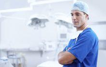 To nie żart. Do szpitala w Kępnie zgłosił się mężczyzna... z obrączką na przyrodzeniu. Na pomoc wezwano straż pożarną