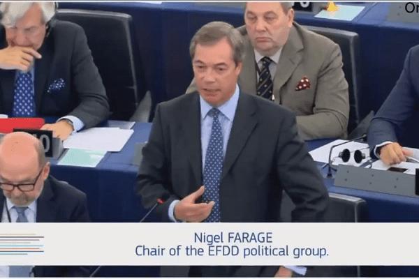 """Brytyjski polityk wystąpił w obronie Polski i Węgier. Zaatakował Junckera: """"Twoje propozycje przypominają stare dawne reżimy"""" [WIDEO]"""