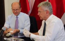 Minister i marszałek Senatu zachęcają do szczepień. Zrobili to w oryginalny sposób [WIDEO]