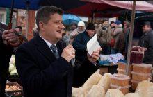 """Janusz Palikot swoim wpisem na temat """"Różańca do granic"""" wywołał burzę. Internauci odpowiadają byłemu politykowi"""