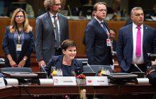 """Premier Szydło o kryzysie migracyjnym na posiedzeniu RE i podczas spotkania V4. """"Wzmocnienie granic UE i współpraca"""""""