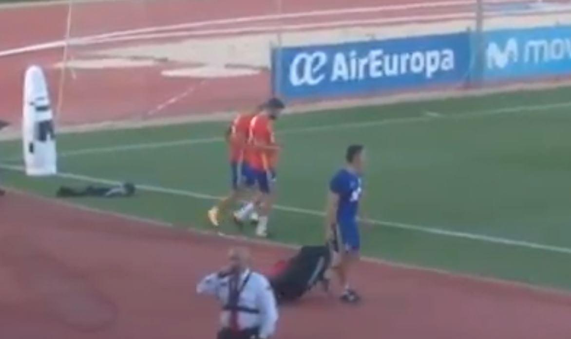Tak hiszpańscy kibice potraktowali czołowego zawodnika swojej reprezentacji. Piłkarz poparł niepodległość Katalonii [WIDEO]