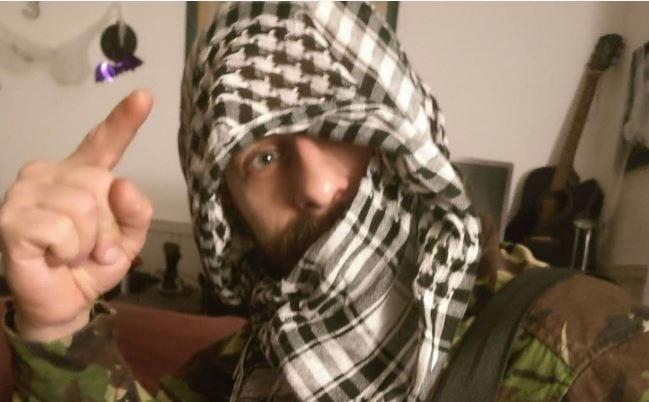 Polak mieszkający w Norwegii na imprezę Halloween przebrał się za... terrorystę z bombą. Interweniowała policja!