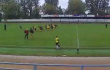 Kwidzyn: Skandaliczne zdarzenie po meczu piłki nożnej z udziałem 11-letnich chłopców. Jeden z rodziców pobił trenera! [WIDEO]