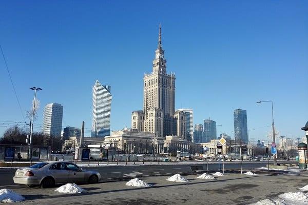 Mężczyzna podpalił się w centrum Warszawy! Protestował przeciwko PiS?