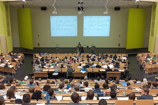 Toruń gospodarzem światowego zjazdu językoznawców. Znamy szczegóły