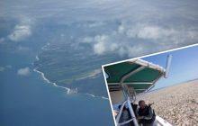 Momentami nie widać nawet wody! Przerażające i smutne zdjęcia morza pełnego śmieci uwiecznione przez znaną fotograf! [FOTO]