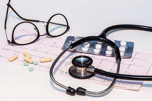 Choroby pracowników to dla pracodawców koszt. Poprawa opieki medycznej pozwoliłaby im zaoszczędzić blisko 12 mld zł