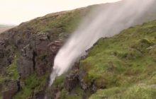 Ophelia była tak silna, że... odwróciła wodospad! To nagranie podbija sieć [WIDEO]