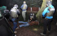 Rozbicie międzynarodowej grupy przestępczej wyłudzającej pozwolenia na pracę