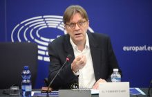 Verhofstadt nie wjedzie do Polski? Jest wniosek i odpowiedź Belga!