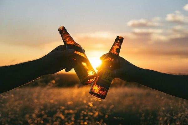 Pracodawcy RP: Zakaz reklamy piwa to pozorowanie walki z nadużywaniem alkoholu