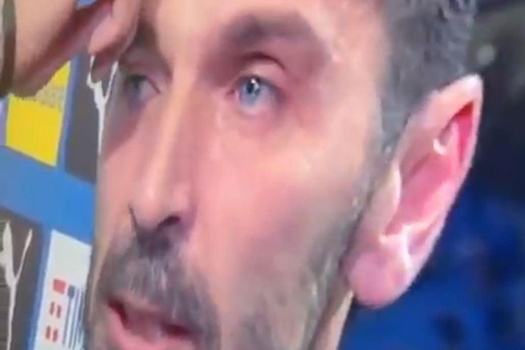 Tak wyglądał ostatni wywiad Gianluigiego Buffona w koszulce reprezentacji Włoch. Piłkarzowi łzy ściekały po policzkach i łamał się głos [WIDEO]