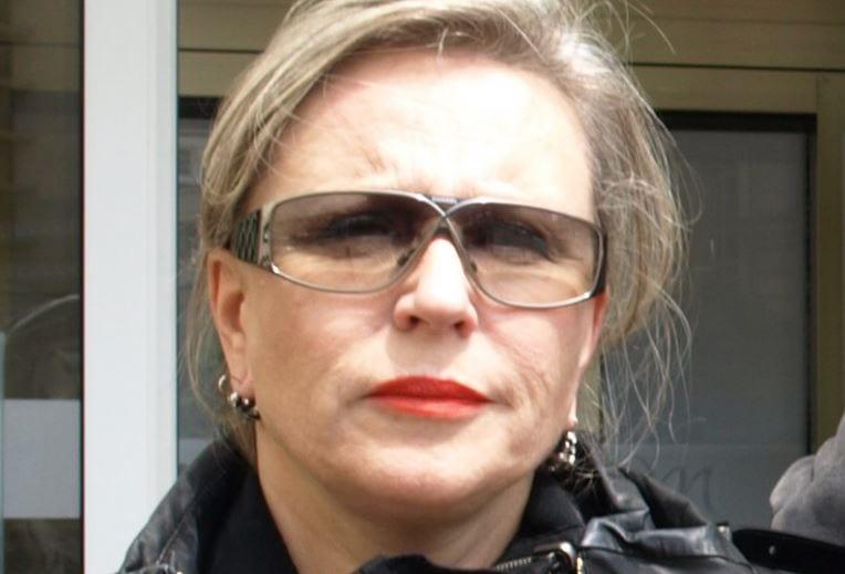 Krystyna Janda udostępniła zdjęcie transparentu z wulgarnym hasłem. Na odpowiedź nie musiała długo czekać.