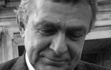 Minuta ciszy w Sejmie. W ten sposób posłowie uczcili pamięć śp. Janusza Wójcika, byłego selekcjonera reprezentacji Polski [FOTO]