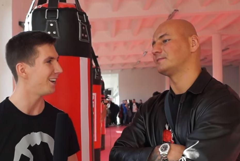 Tomasz Oświeciński chce walczyć... z Arturem Szpilką. Pięściarz odpowiedział w swoim stylu.