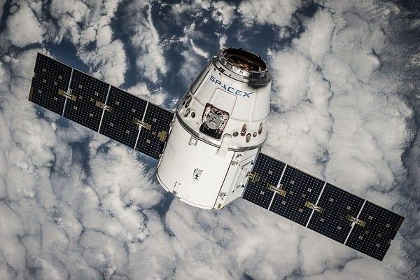 Satelity SpaceX zapewnią superszybki Internet na Ziemi!