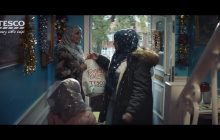 Świąteczna reklama Tesco wywołała ogromne kontrowersje! Internet kipi od komentarzy [WIDEO]