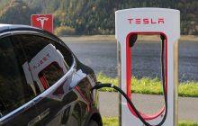 Systemy autonomicznej jazdy w Tesli już są tak skuteczne jak człowiek? Elon Musk nie ma wątpliwości!