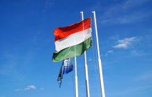 Węgierskie władze reagują na rezolucję przeciwko Polsce.