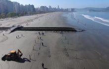 Wrak ponad 120-letniego statku odkryty na plaży. Konstrukcja jest prawie nienaruszona! [WIDEO]