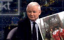 Pamiętacie słynną patriotyczną pelerynę Jarosława Kaczyńskiego? Aby ją mieć wystarczy kupić gazetę!