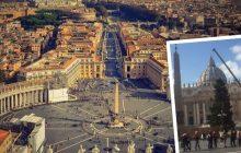 25-metrowa choinka z Polski dojechała do Watykanu. Stanie na placu Świętego Piotra [WIDEO]