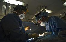 To pierwszy tego typu zabieg w Polsce i trzeci na świecie. Lekarze przeprowadzili przeszczep komórek macierzystych nabłonka rogówki u dziecka