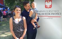 Żona Patryka Jakiego opowiedziała o wychowaniu synka z Zespołem Downa.