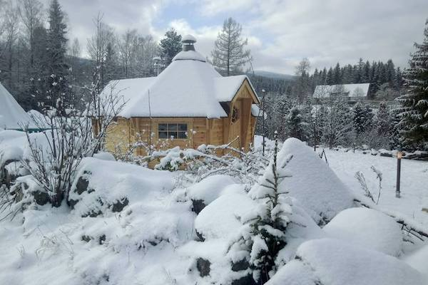 Już wkrótce otwarcie wioski św. Mikołaja w Karkonoszach. Stworzył ją polski biznesmen! [FOTO]