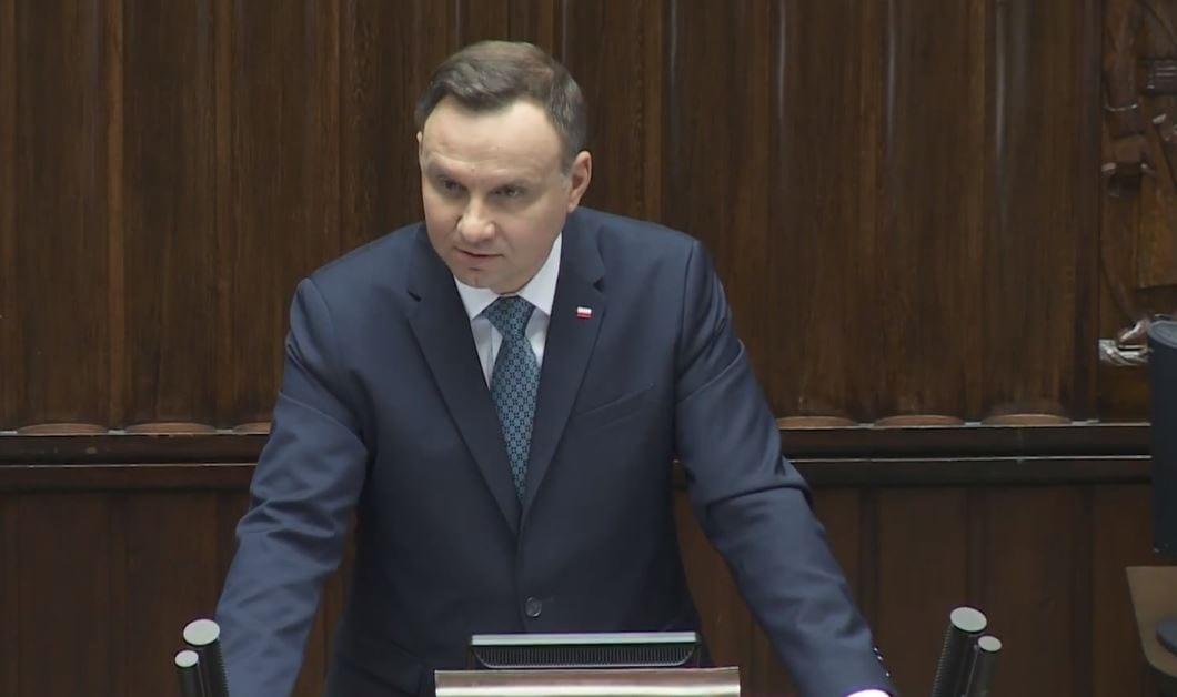 Wiadomo, o czym Andrzej Duda rozmawiał z Kaczyńskim i Szydło podczas nieplanowanego spotkania. Jest stanowisko prezydenta