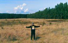 Popularny polski raper wspiera akcję pomocy na rzecz uchodźców. Tytuł jego nowej płyty jest ukłonem w ich stronę?