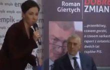Tak dziennikarka zapowiedziała Romana Giertycha podczas otwartego spotkania. Jej żart wywołał falę komentarzy [WIDEO]