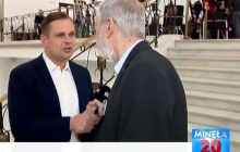 Posłowi PO puściły nerwy. Próbował wyrwać z ręki mikrofon dziennikarzowi TVP Info [WIDEO]