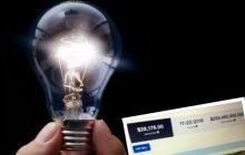 Otrzymała rachunek za prąd na 284 miliardów dolarów. Zastanawiała się, czy to przez lampki choinkowe