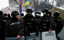 Szturm policji na tłum zwolenników Saakaszwilego! Jest nagranie [WIDEO]