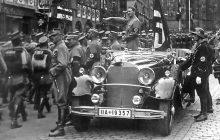 Z tego samochodu Hitler pozdrawiał tłumy. Teraz jest na sprzedaż. Cena zawrotna!